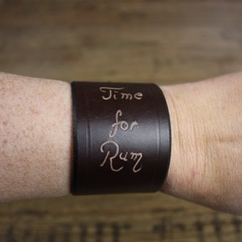 "Armband, ""Time for Rum"""